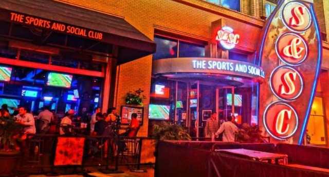sports & social club 4th St. Live